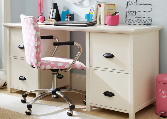 children's bedroom furniture - traditional desks for boys and girls